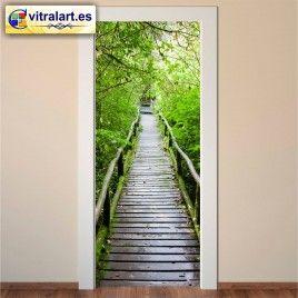 Vinilo Puerta Camino a la selva